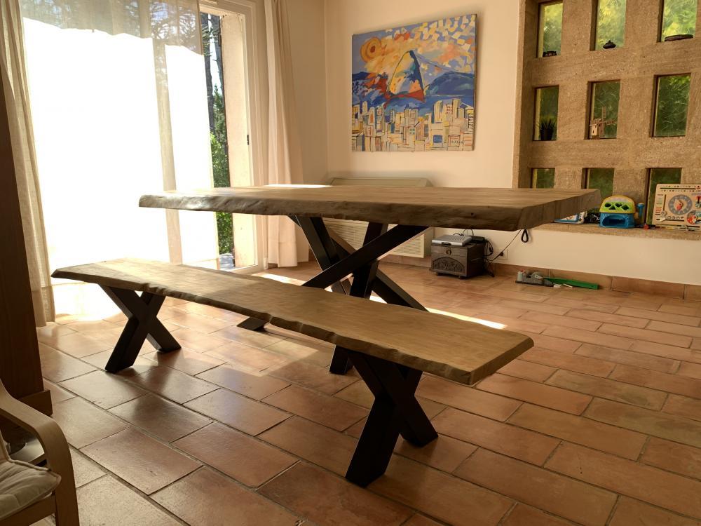 Table en vieux chêne avec piétements mikado – 2500.00€