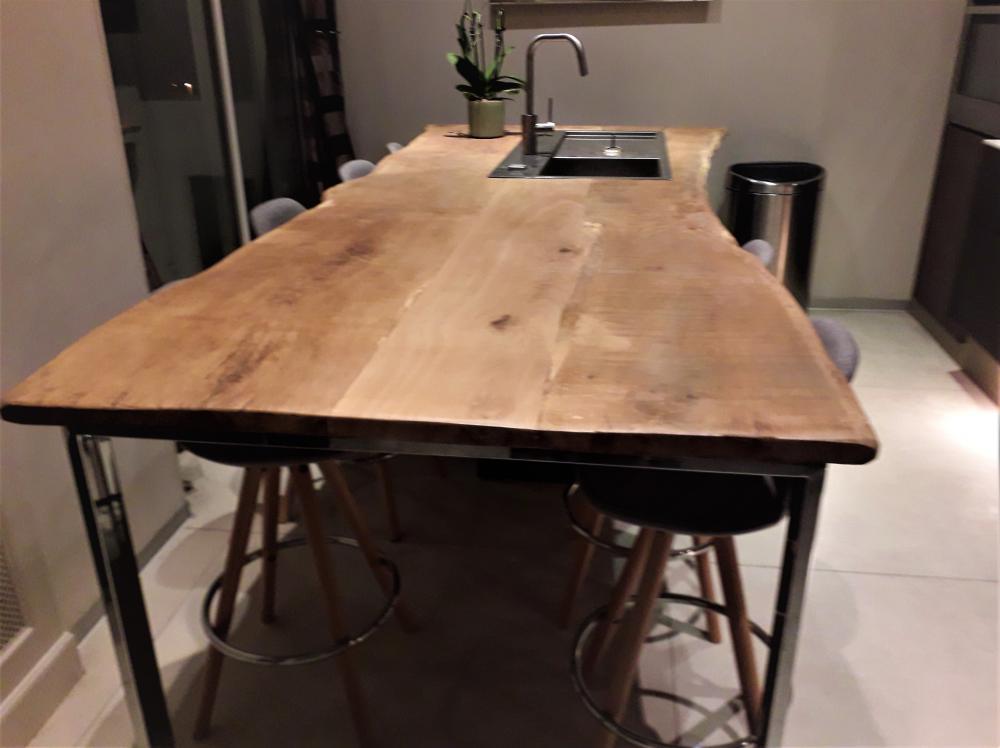 Îlot de cuisine en vieux chêne de bourgogne – 1800.00€