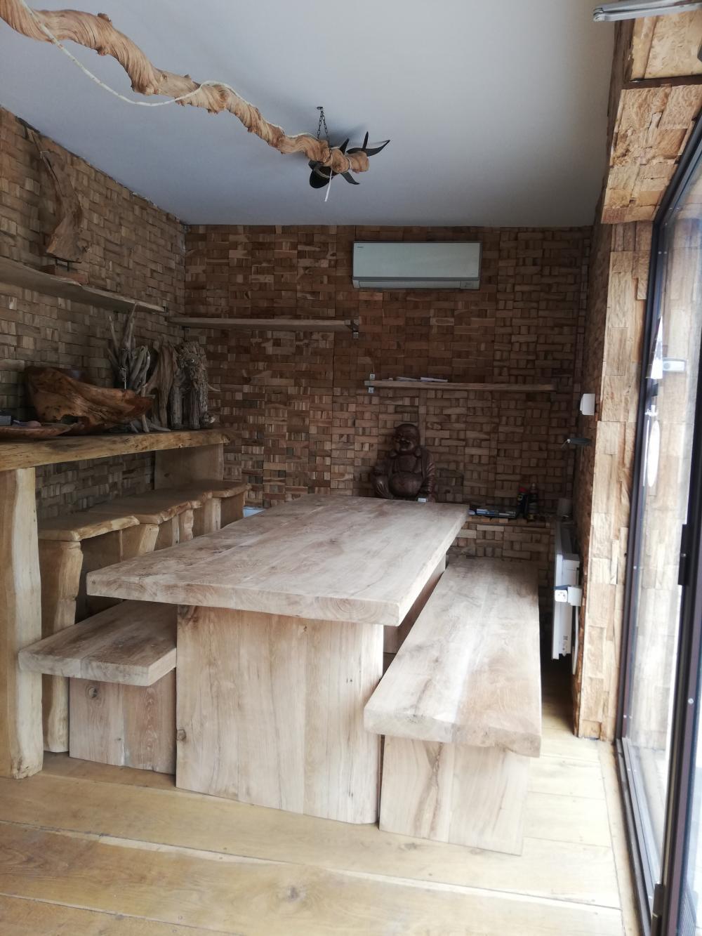 Ensemble table et banc en vieux chêne de Bourgogne massif – 2300.00€