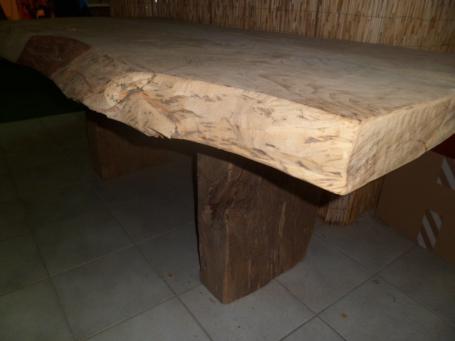 Table en chêne 220x130x10 – 1900.00€