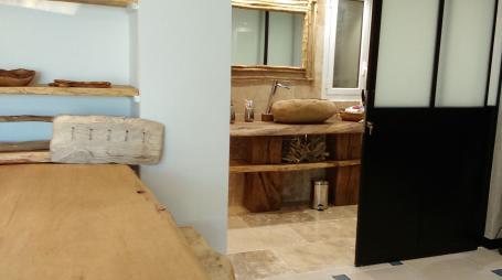 Plan vasque et poutre chêne – 950.00€