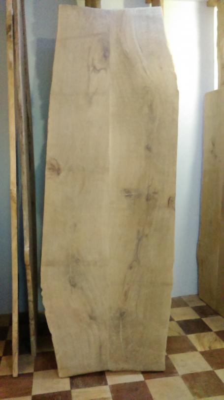 Plateau de chêne bords irréguliers – 1100.00€