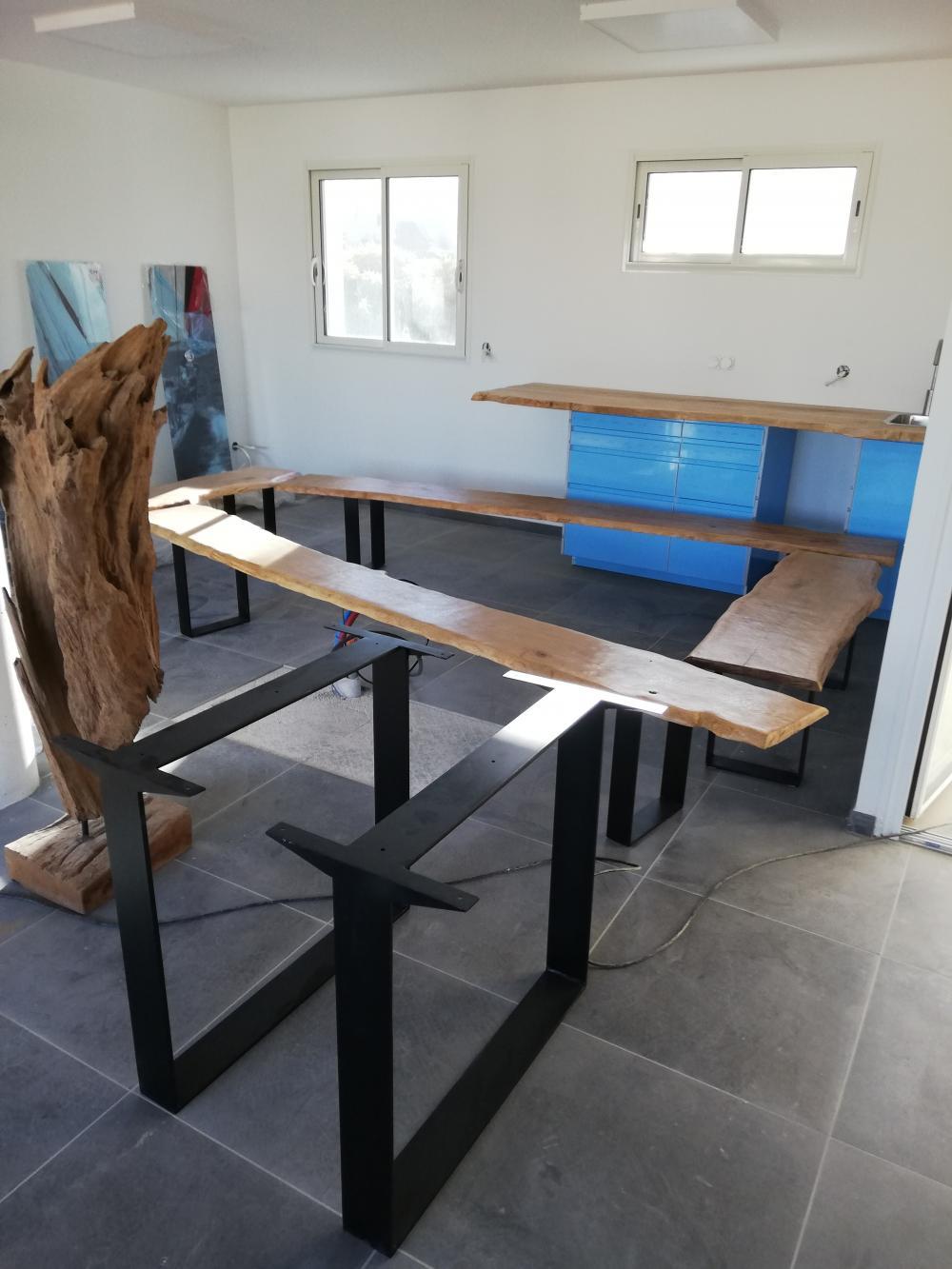 Piètement en métal pour table de salle à manger – 350.00€