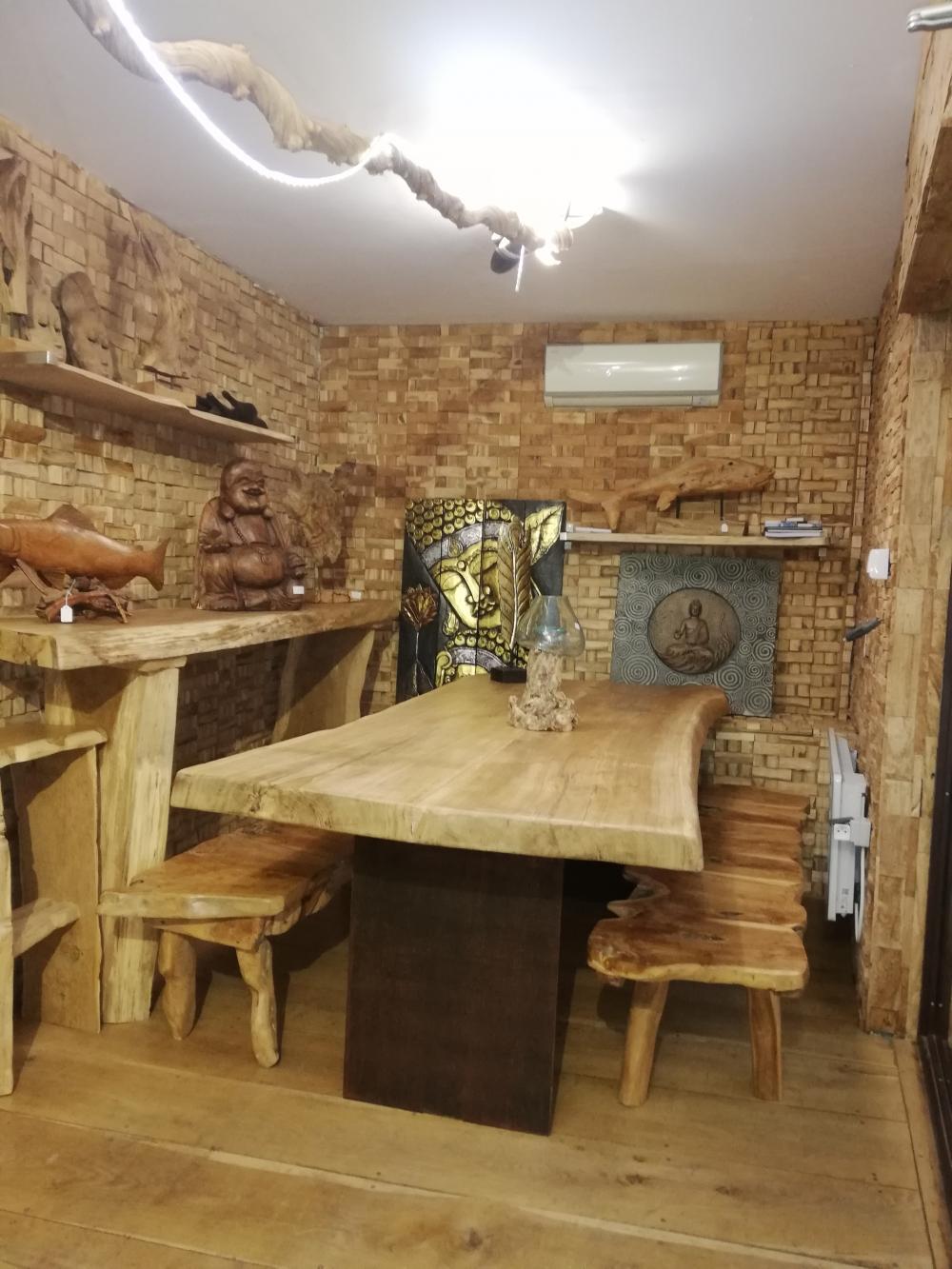 Table chêne pieds acier rouillée – 2400.00€