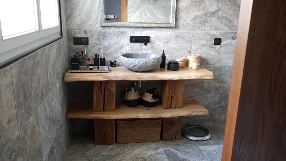 Meuble de salle de bain massif en chêne clair – 1200.00€